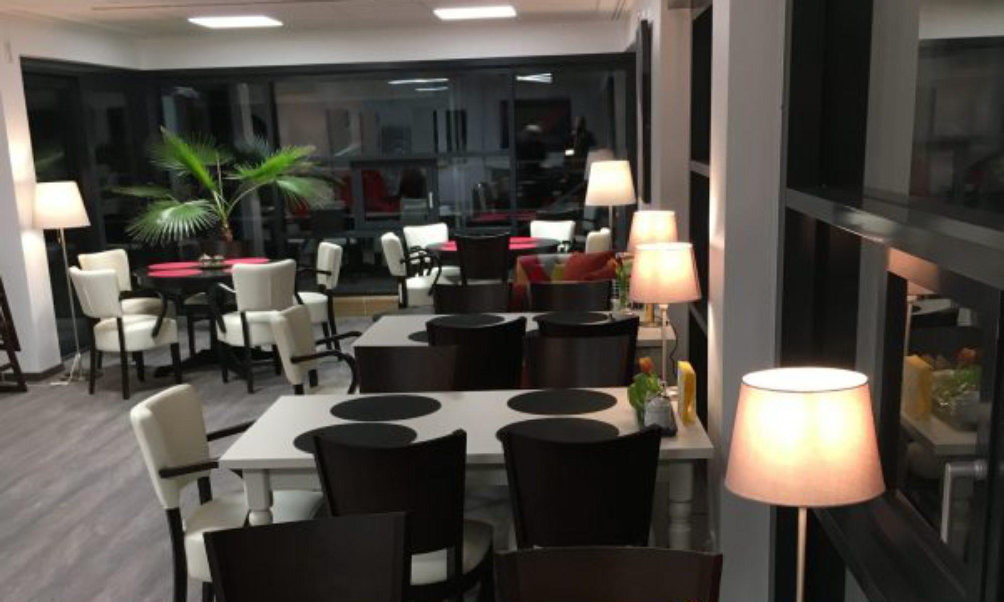 Buntes Sofa  'Das CAFÉ'
